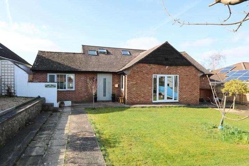 5 Bedrooms Detached Bungalow for sale in Rodney Road, Saltford, Bristol