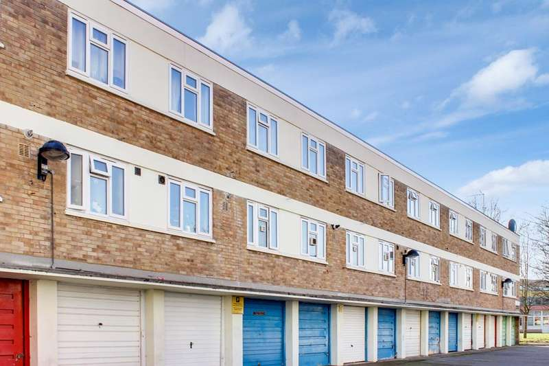 3 Bedrooms Flat for sale in Commerce Road, Wood Green, London, N22