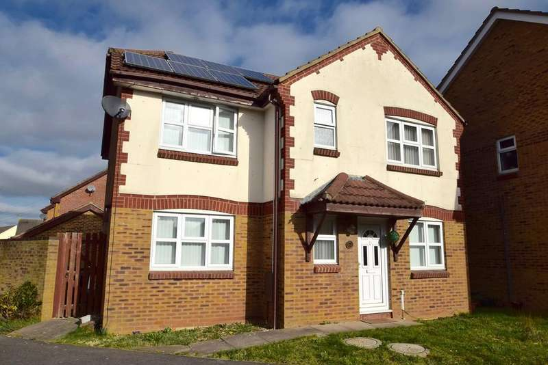 4 Bedrooms Detached House for sale in Summers Mead, Yate, BS37