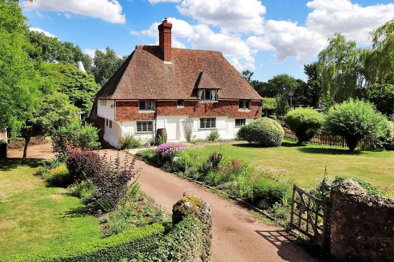 5 Bedrooms Farm House Character Property for sale in Newland Green Lane, Egerton Ashford TN27