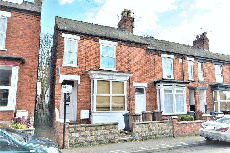 6 Bedrooms Terraced House for sale in May Crescent, Lincoln