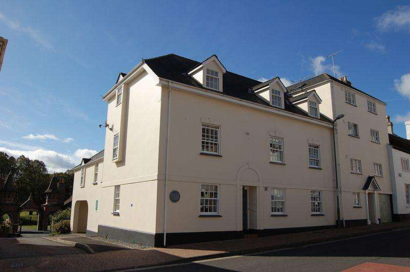 2 Bedrooms Flat for sale in Hyam Court, Glendower Street, Monmouth