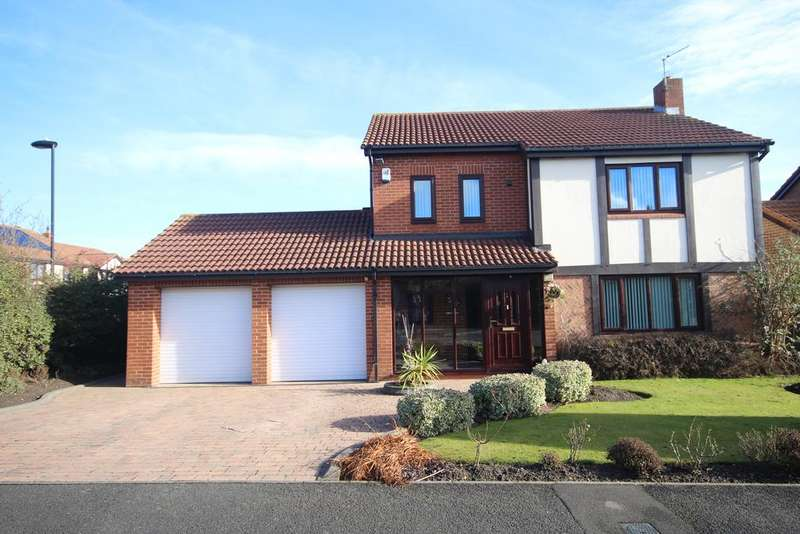 4 Bedrooms Detached House for sale in Kelso Drive, North Shields NE29