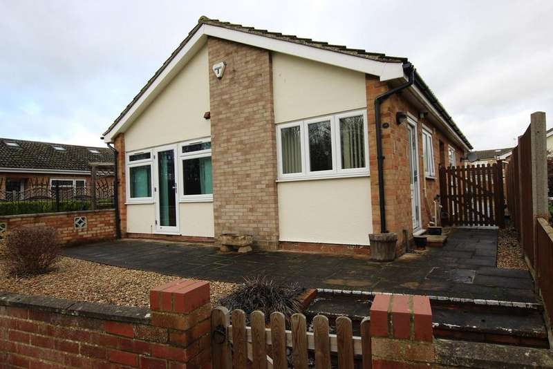3 Bedrooms Bungalow for sale in Powells Road, Shefford, SG17