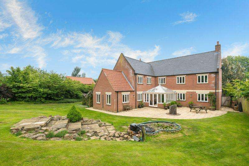 5 Bedrooms Detached House for sale in Deep Lane, Hagworthingham with 2 acres of gardens (sts)