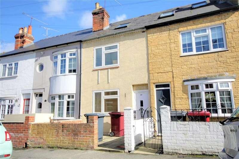 4 Bedrooms Terraced House for sale in Blenheim Gardens, Reading, Berkshire, RG1