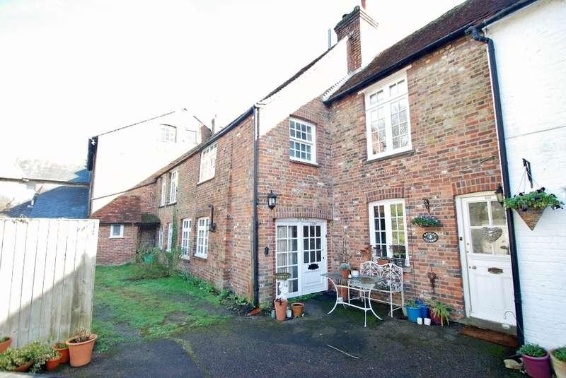 3 Bedrooms Terraced House for sale in Maltings Mews, Old Amersham, HP7