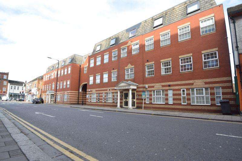 2 Bedrooms Flat for sale in Mill Street, Luton