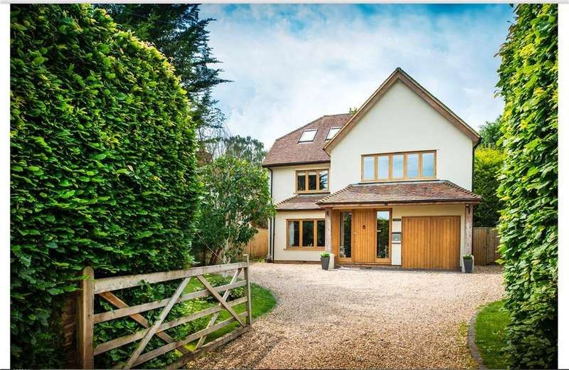 5 Bedrooms Detached House for sale in Northfield Avenue, Lower Shiplake, Henley-on-Thames, RG9