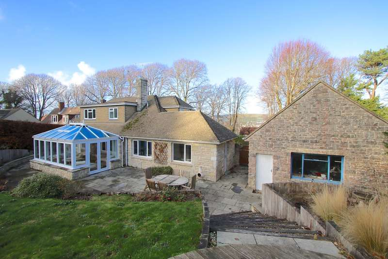 5 Bedrooms Detached House for sale in QUEENS ROAD, SWANAGE