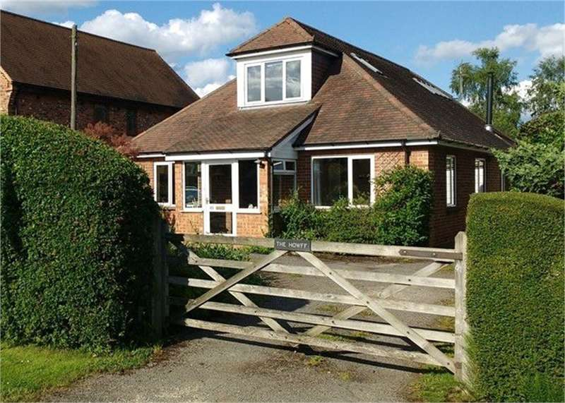 5 Bedrooms Detached House for sale in Clares Green Road, Spencers Wood, READING, Berkshire