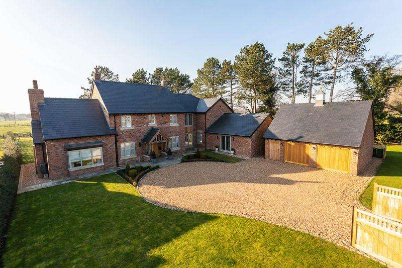 5 Bedrooms Detached House for sale in Warford Lane, Mobberley
