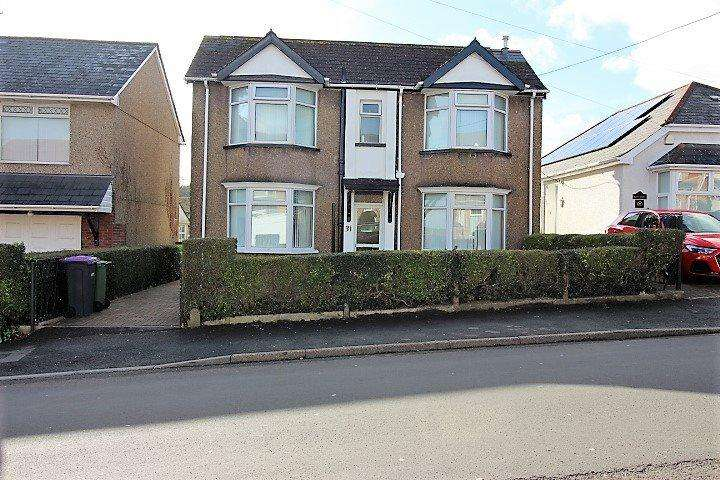 3 Bedrooms Detached House for sale in Cwmbran, ,