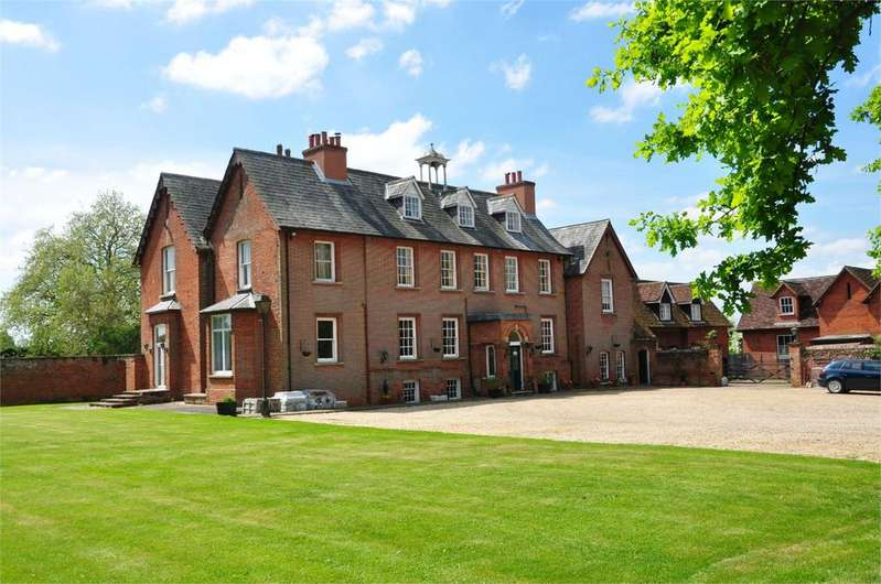 9 Bedrooms Detached House for sale in The Manor House, Church Road, Stansted, Essex, CM24