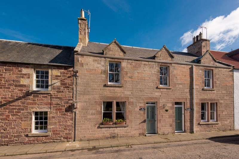 3 Bedrooms Terraced House for sale in Byfield, High Street, Gifford, HADDINGTON, EH41 4QU