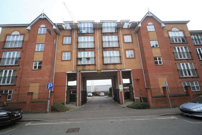2 Bedrooms Flat for sale in Noble Court, Mill Street, Slough, SL2
