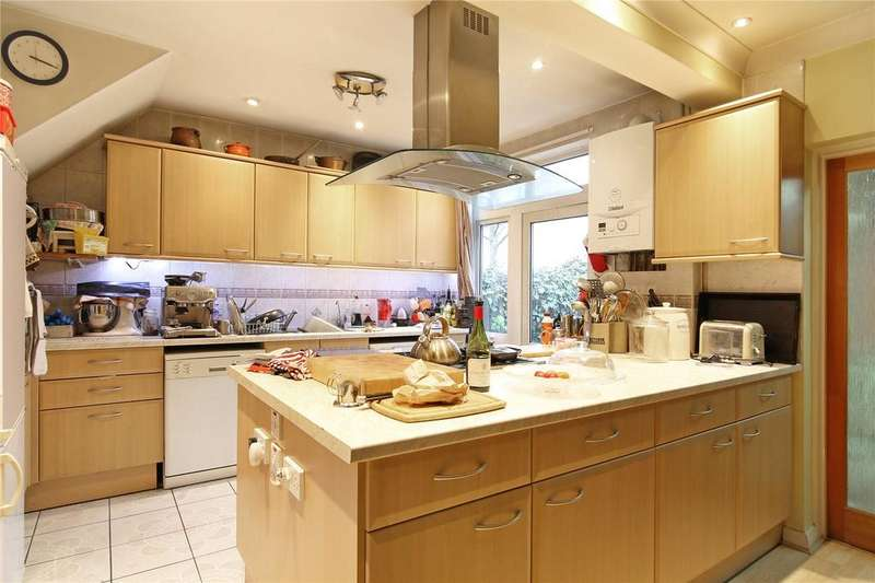 3 Bedrooms End Of Terrace House for sale in Crimsworth Road, London, SW8