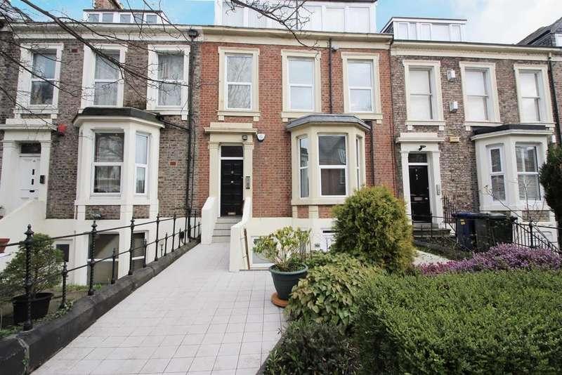 2 Bedrooms Flat for sale in Akenside Terrace, Newcastle Upon Tyne