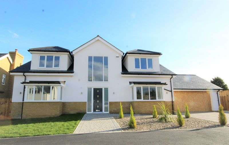 5 Bedrooms Property for sale in The Grange, North Drive, Hutton