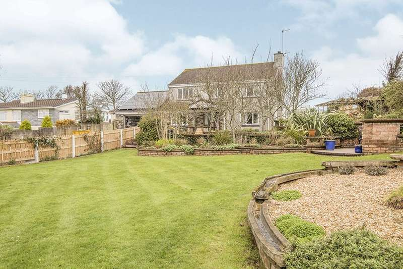 4 Bedrooms Detached House for sale in Kehelland, Camborne, TR14