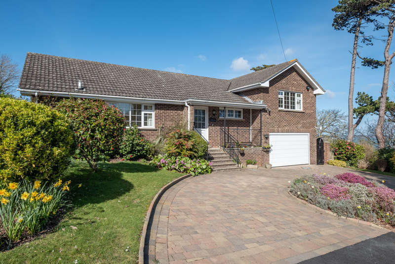 4 Bedrooms Detached Bungalow for sale in Totand Bay, Isle of Wight