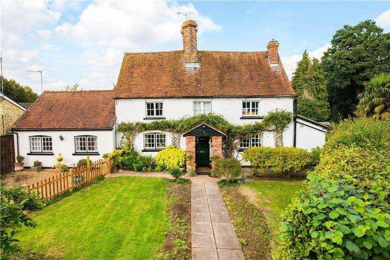 4 Bedrooms Detached House for sale in 3/4 Acre approx garden with detached barn (development potential stpp)