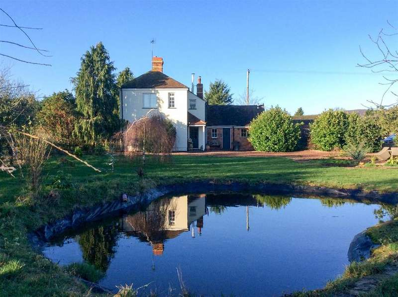 4 Bedrooms House for sale in Church Road, Castlemorton, Worcestershire