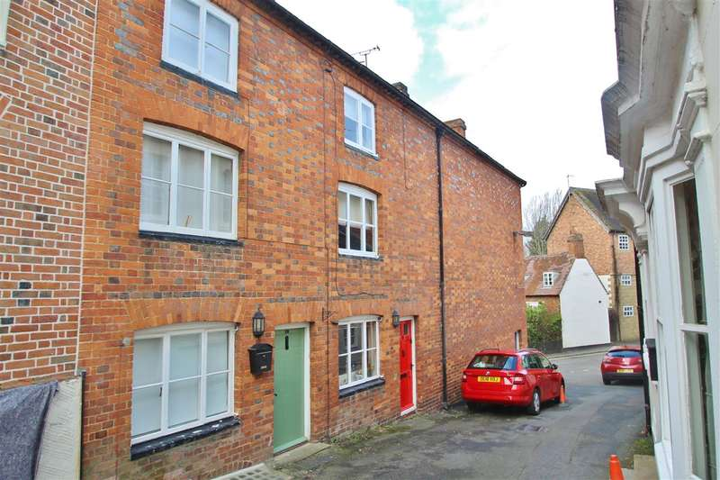 2 Bedrooms Cottage House for sale in Bristle Hill, Buckingham