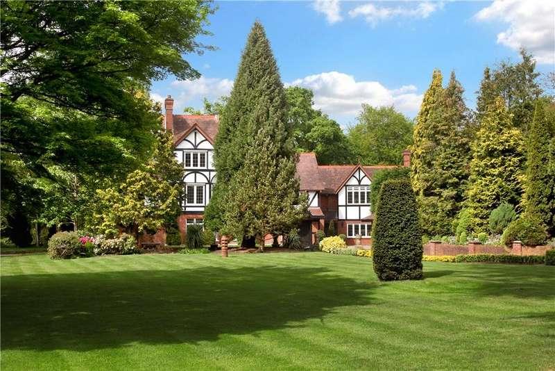 5 Bedrooms Detached House for sale in Bishopsgate Road, Englefield Green, Surrey, TW20
