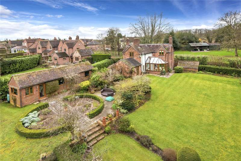 4 Bedrooms Detached House for sale in Manor Lodge Cottage, Astley Abbotts, Bridgnorth, Shropshire, WV16