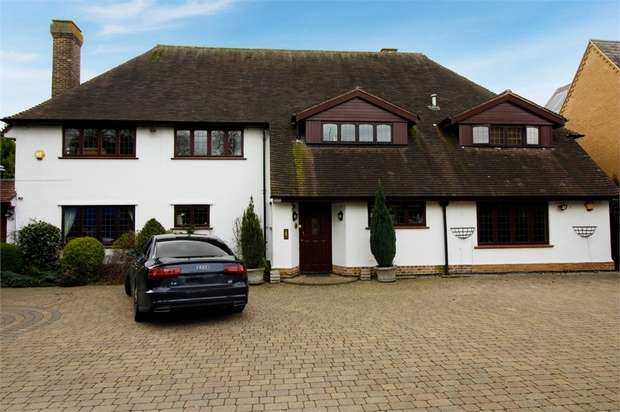 5 Bedrooms Detached House for sale in Rugby Road, Burbage, Hinckley, Leicestershire