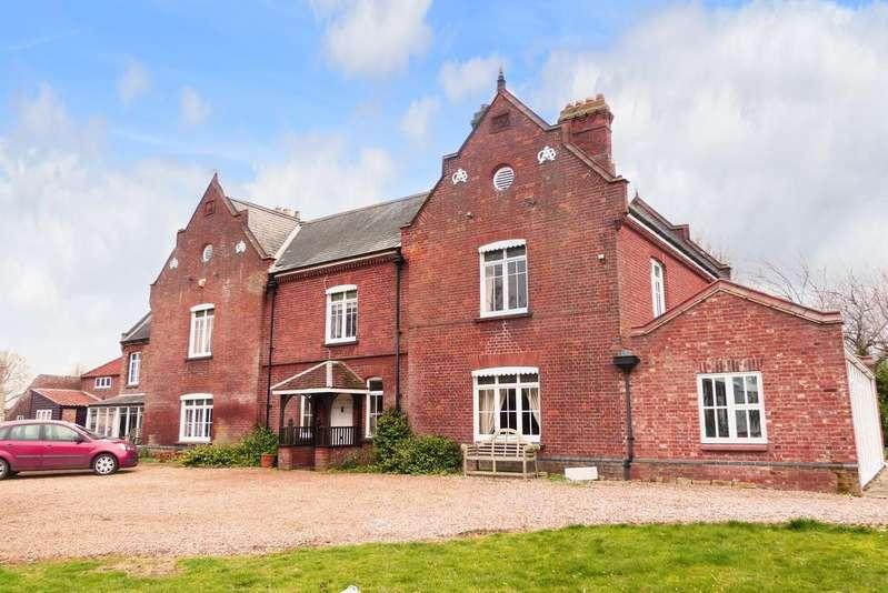 6 Bedrooms Detached House for sale in Terrington St Clement NORFOLK