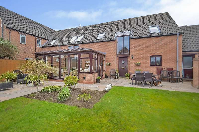 4 Bedrooms Property for sale in Balmoral Court, Hemington