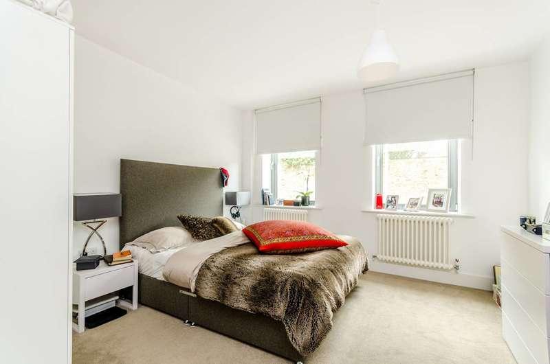2 Bedrooms Flat for sale in County Street, London Bridge, SE1