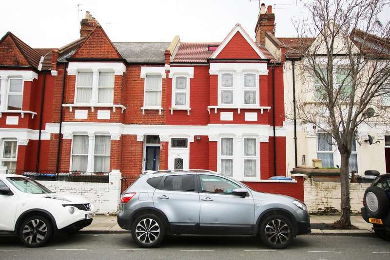 5 Bedrooms Terraced House for sale in Pine Road, Cricklewood