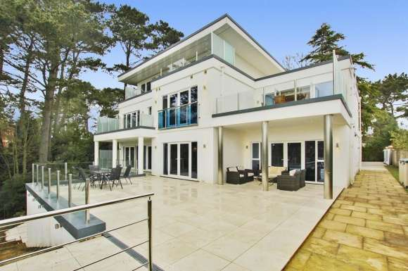 7 Bedrooms Property for sale in Canford Cliffs Road, Poole