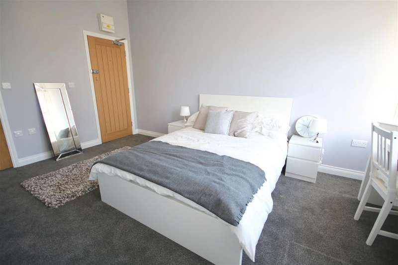 25 Bedrooms Block Of Apartments Flat for sale in Clarendon Road, Southsea