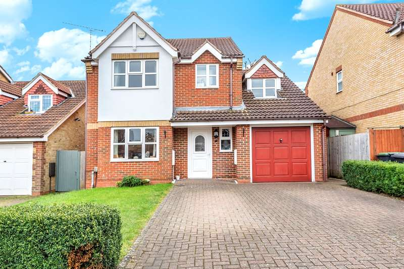 4 Bedrooms Detached House for sale in Admiral Row, Flitwick, MK45