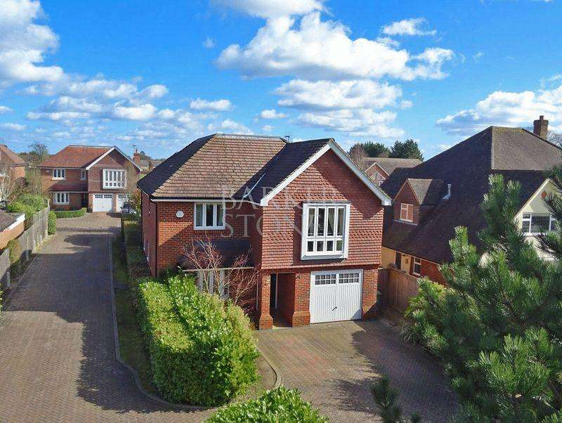5 Bedrooms Detached House for sale in West Maidenhead
