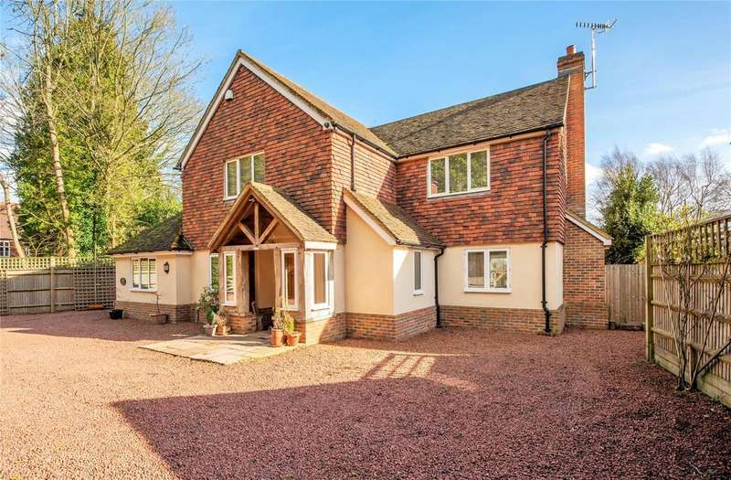 4 Bedrooms Detached House for sale in Old Reigate Road, Betchworth, Surrey, RH3