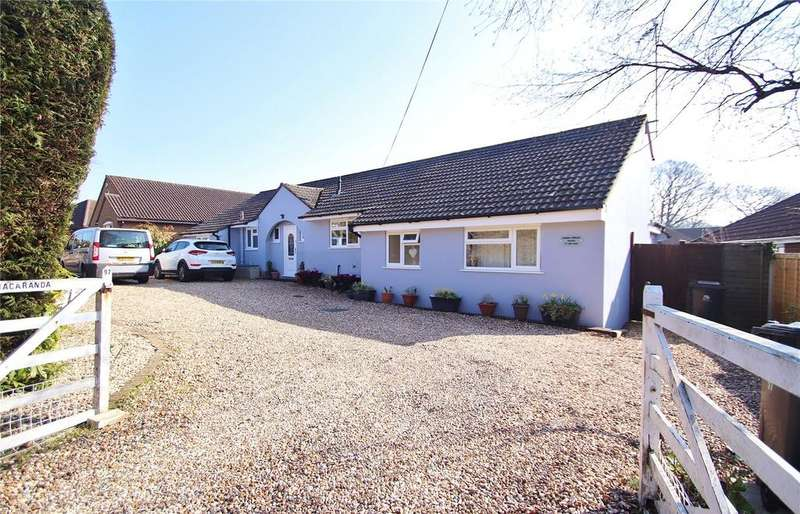 4 Bedrooms Bungalow for sale in Lake Road, Verwood, Dorset, BH31