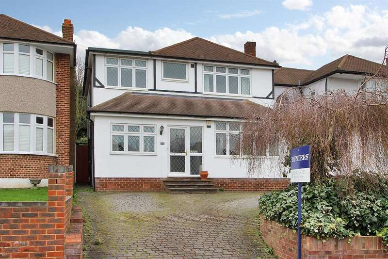 4 Bedrooms Detached House for sale in Blendon Drive, Bexley, Kent, DA5 3AA