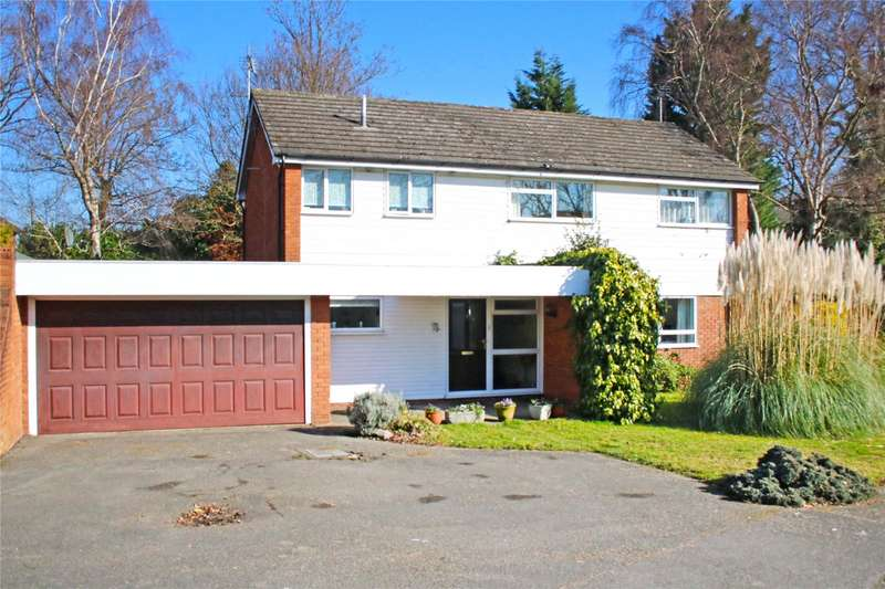 4 Bedrooms Detached House for sale in Oakfields, West Byfleet, Surrey, KT14