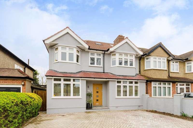 5 Bedrooms Semi Detached House for sale in West Barnes Lane, Motspur Park, KT3