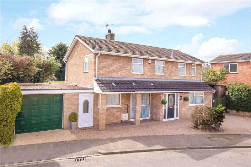 4 Bedrooms Detached House for sale in Cricketers Road, Arlesey, Bedfordshire
