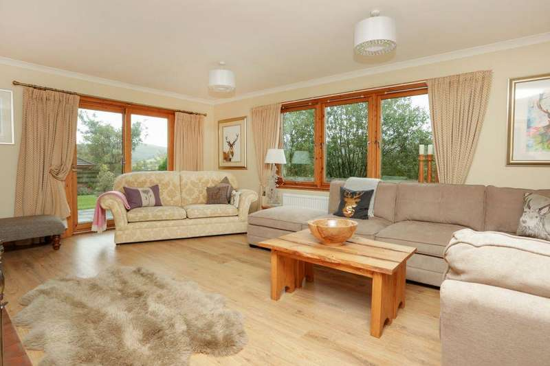 5 Bedrooms Bungalow for sale in Mossbank, Glentress, Peebles, EH45 8NB