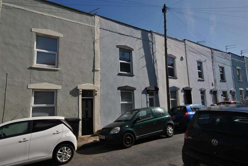 2 Bedrooms Terraced House for sale in Montgomery Street, Victoria Park, Bristol