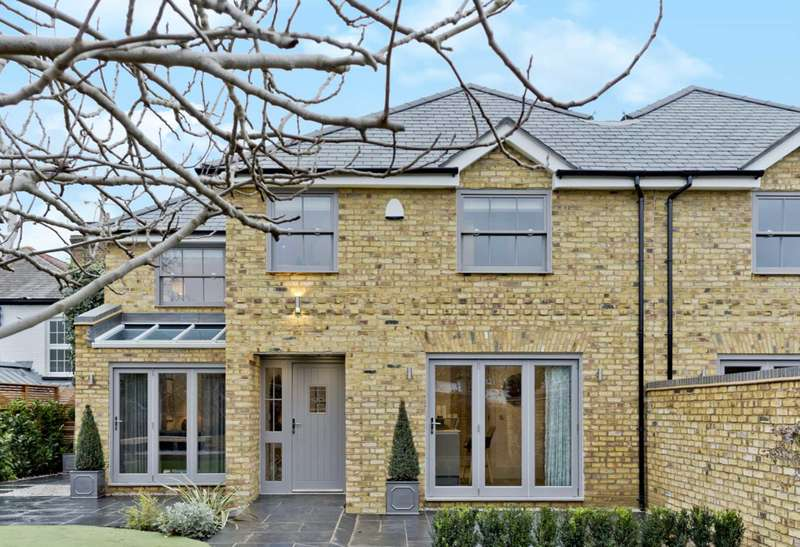 3 Bedrooms Semi Detached House for sale in Figtree Cottage, High Street, Thames Ditton