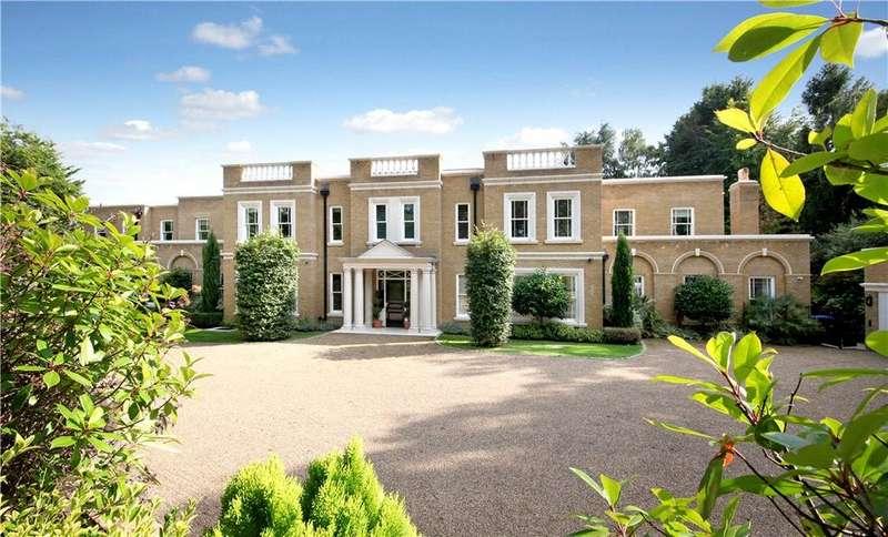 5 Bedrooms Detached House for sale in Stokesheath Road, Oxshott, Leatherhead, Surrey, KT22