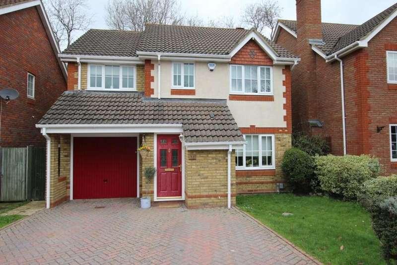 4 Bedrooms Detached House for sale in Montague Close, Wokingham, RG40